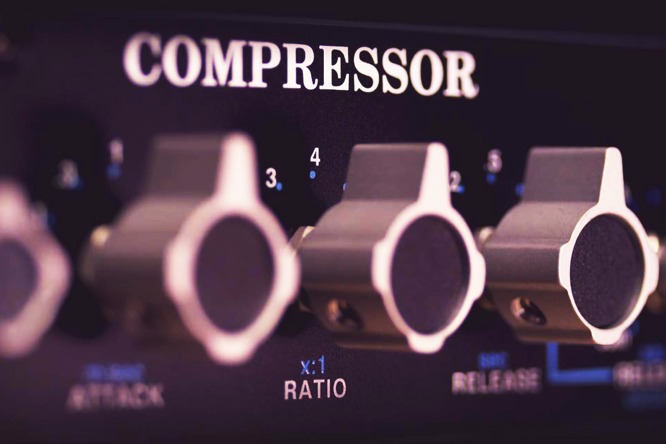 API 2500 Audio Compressor