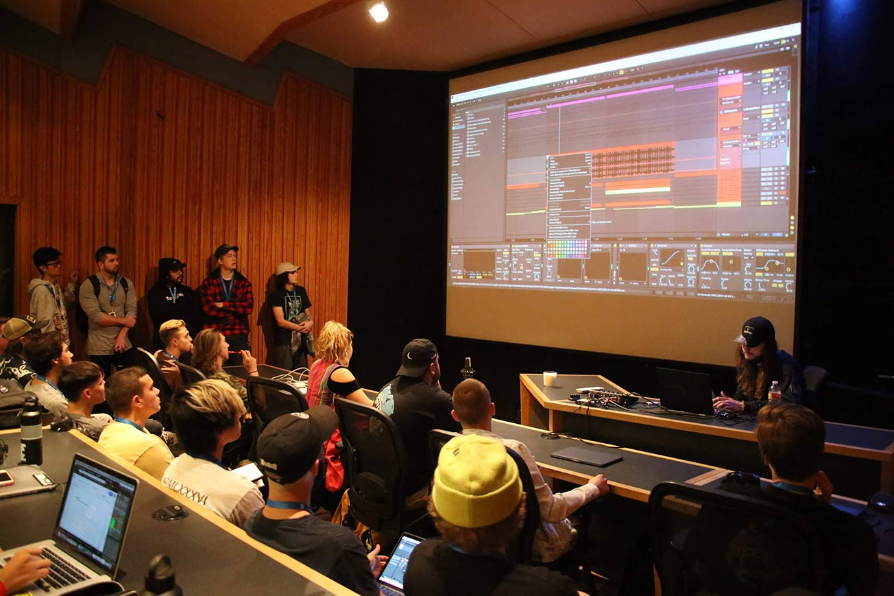 Dubstep DJ Spock Teaching in Music Production School Classroom