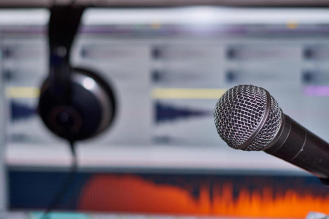 Microphone and Ableton Live - Vocal Mixing Plugins