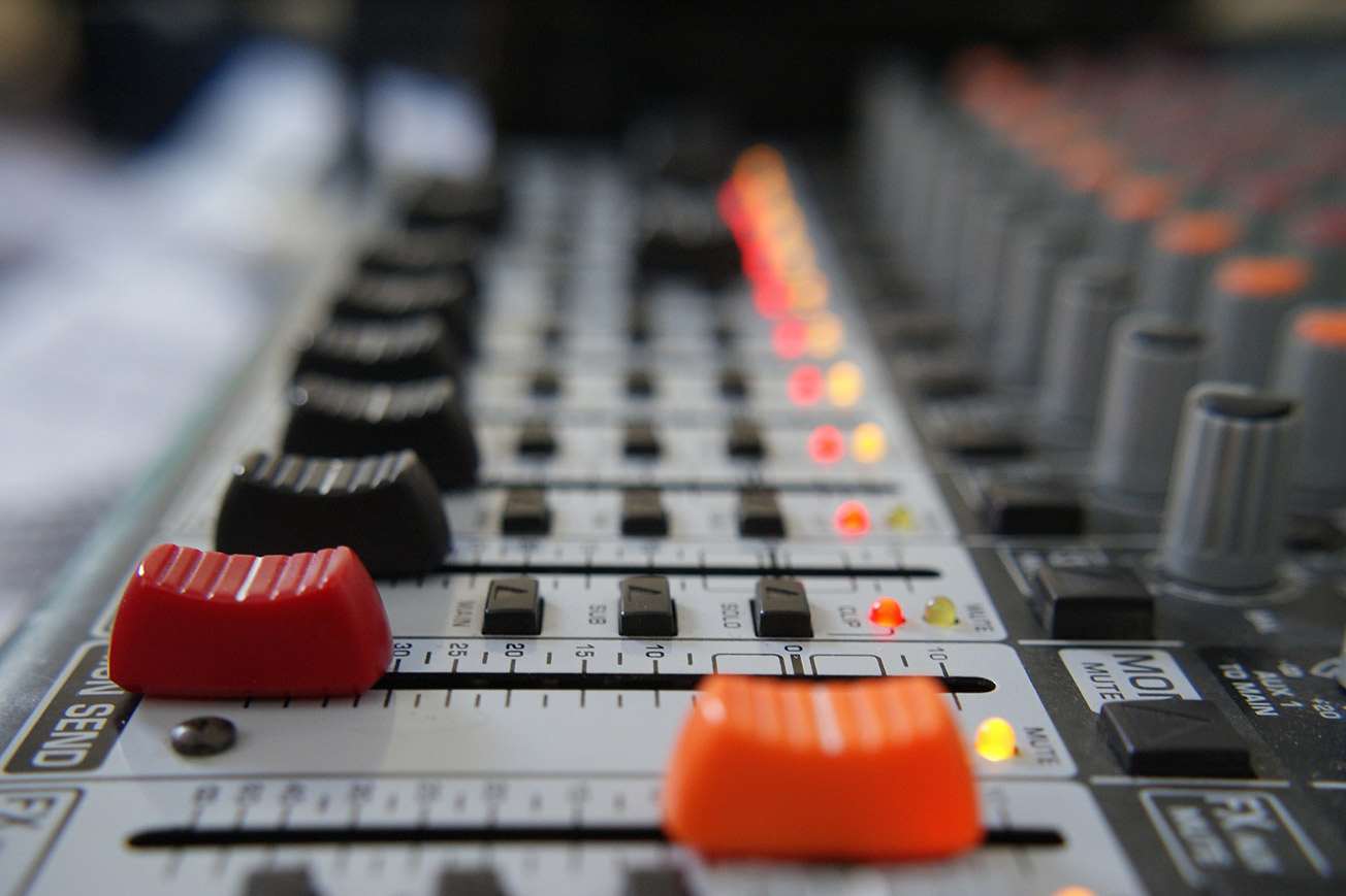 Mixing and Mastering Console