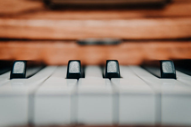 common chord progressions on piano
